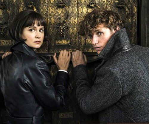 Newt, Tina reunite in 'Grindelwald' photos