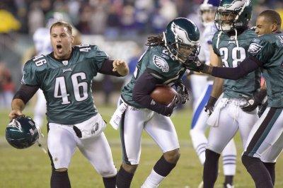 Philadelphia Eagles present Super Bowl ring to former LS Jon Dorenbos