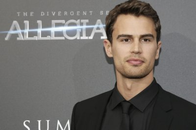 Theo James, Rose Williams to star in 'Sanditon' miniseries
