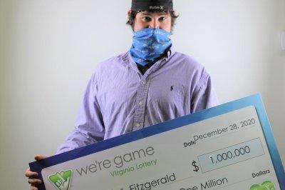 Christmas-scavenger-hunt-leads-man-to-$1-million-lottery-jackpot