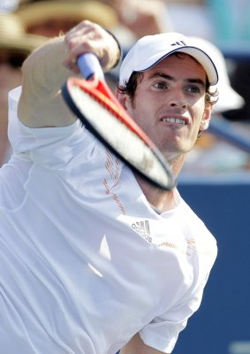 Murray injured at Italian Masters