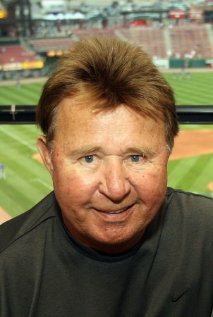 Chicago says farewell to Ron Santo