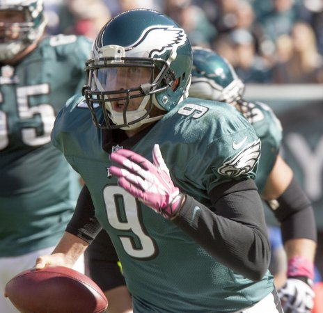 Nick Foles back at quarterback for Eagles