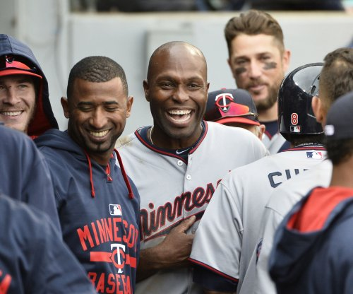 MLB suspends Twins' Torii Hunter 2 games