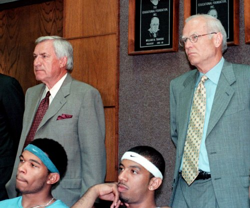Former UNC coach, assistant Bill Guthridge dead at 77