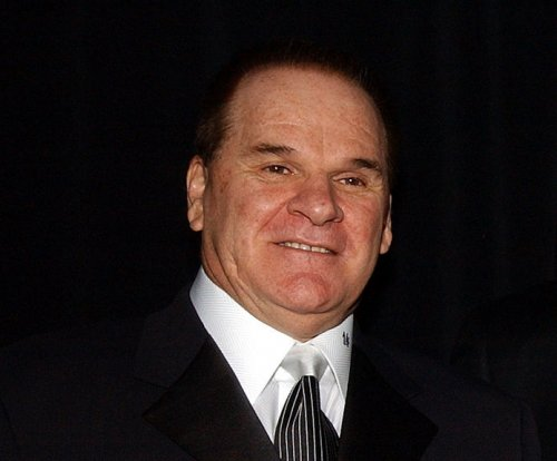 On This Day: Pete Rose banished from baseball