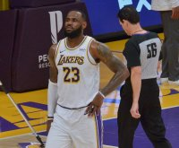 LeBron James to miss Lakers' next two games due to injured ankle