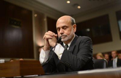 Bernanke keeps remarks on stimulus generic