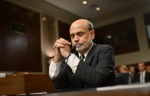 Bernanke keeps remarks on stimulus generic