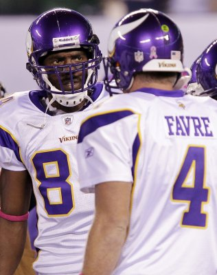Moss forgives Jones for 1998 draft snub