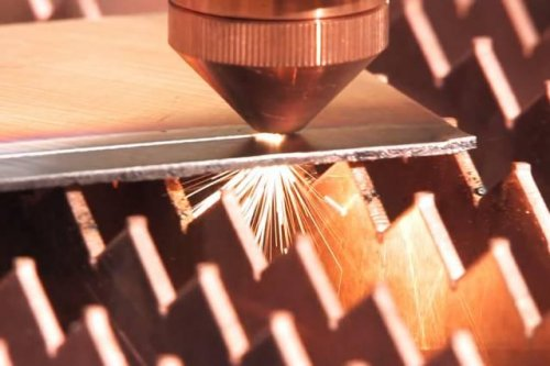 Scientists develop diode laser that can cut and weld metal