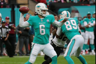 Oakland Raiders vs. Miami Dolphins: Prediction, preview, pick to win