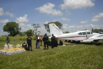 Ex-attorney for Casey Anthony tried to fly planeload of cocaine out of Ecuador: Court