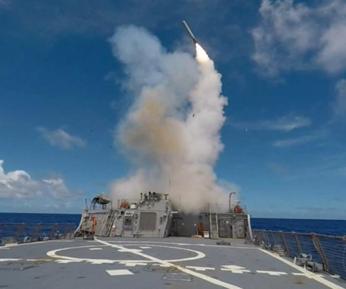 Navy taps Raytheon for Tomahawk missiles