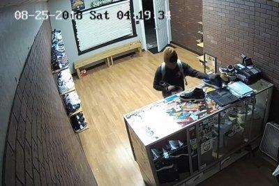 1ab18459d7d Shoe store burglar steals several right-foot shoes - UPI.com