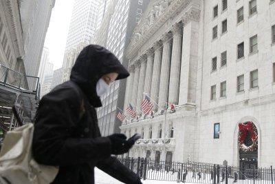 Dow, S&P 500 drop amid new COVID-19 concerns
