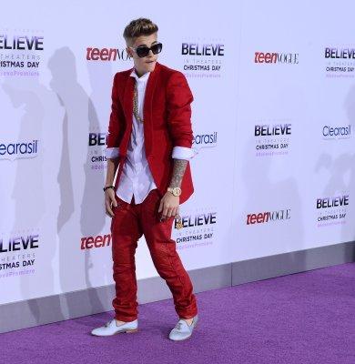 Justin Bieber booed in Canada