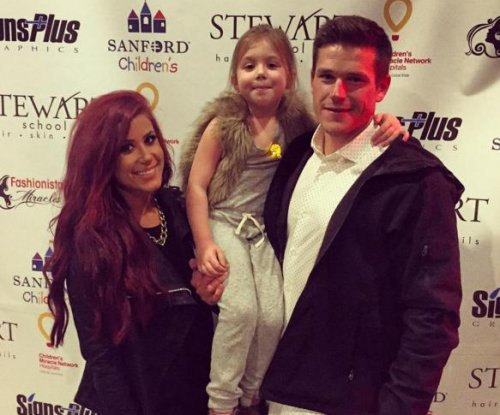 'Teen Mom 2's' Chelsea Houska gets engaged to boyfriend Cole DeBoer