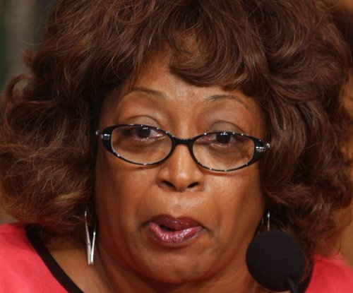U.S. Rep. Corrine Brown, chief of staff indicted in alleged fraud scheme