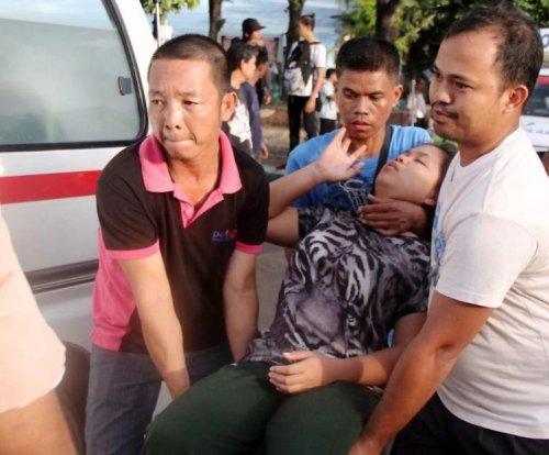 6.5-magnitude quake kills 2, injures 100 in central Philippines