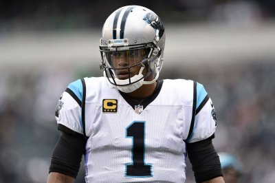 Should soreness limits Panthers' Newton in practice