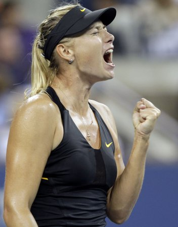 Sharapova in another 6-0, 6-0 win