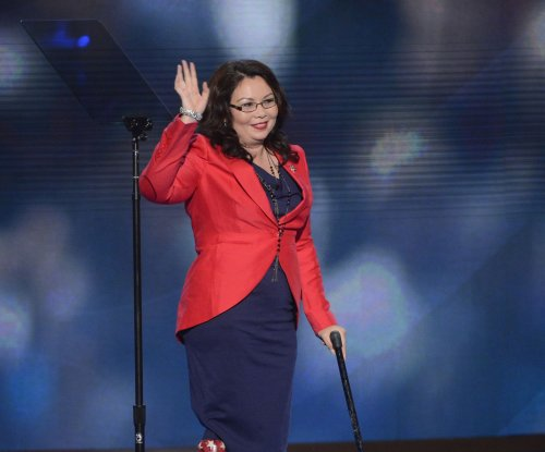Illinois' Duckworth becomes first senator to give birth while in office
