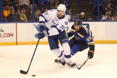 Tampa Bay Lightning's Victor Hedman likely out for Game 4