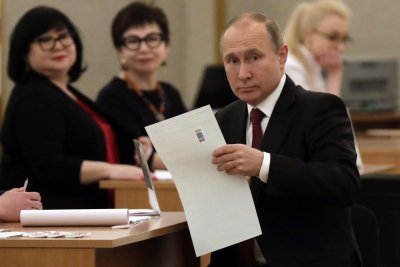 U.S. condemns Putin's decree on Russian citizenship for Ukrainians