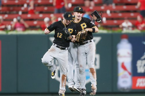 Pirates come up clutch in ninth, beat Cardinals