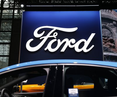 Ford follows GM, FCA in reporting 1st quarter sales drop