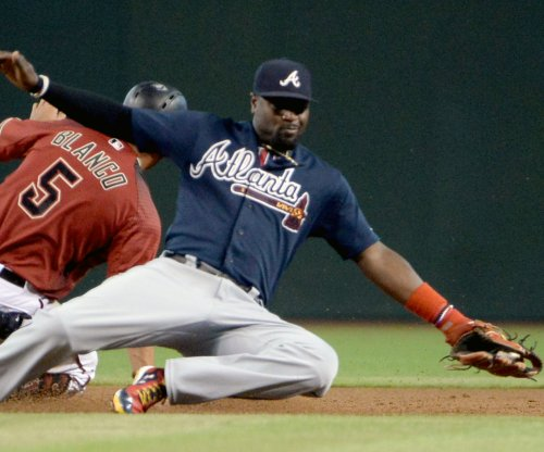 Atlanta Braves deal Brandon Phillips to Los Angeles Angels shortly after milestone