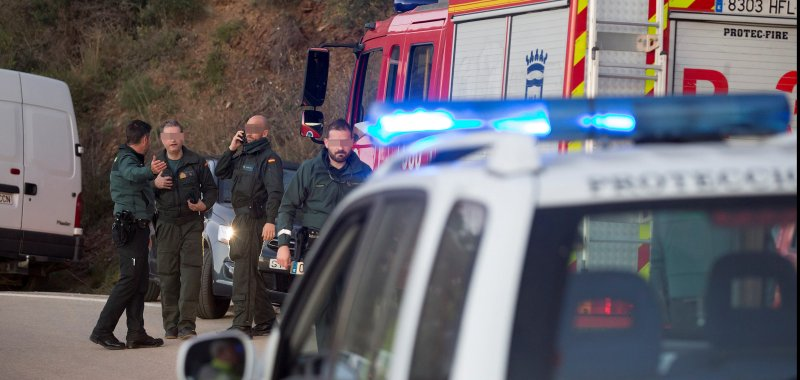 Spanish rescuers work to find 2-year-old boy who fell into