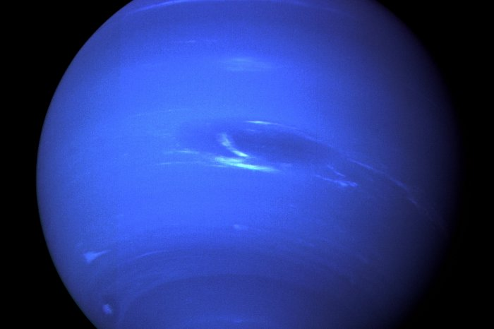 On This Day: Voyager 2 makes closest pass of Neptune