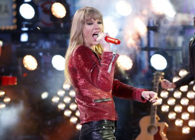 Report: Taylor Swift and Harry Styles break up