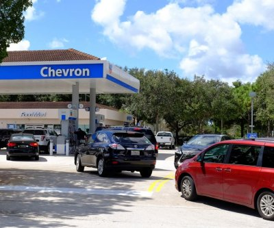 Gas prices follow the price of oil higher