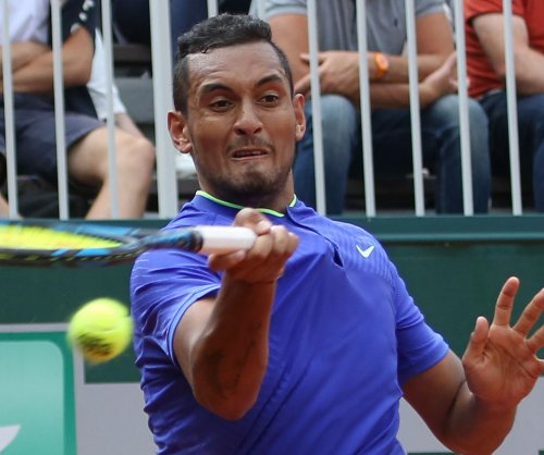 Stan Wawrinka, Nick Kyrgios advance at French Open