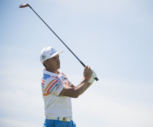2017 U.S. Open Round 1 Update: Rickie Fowler holds first-round lead at Erin Hills