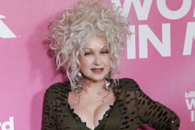 Cyndi Lauper releases new single 'Hope'