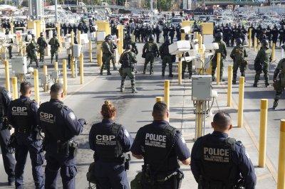Congolese migrant dies in U.S. border custody