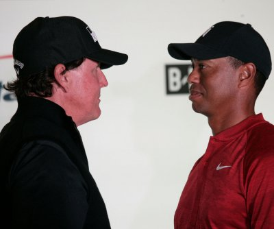 Tiger Woods, Phil Mickelson planning rematch including Tom Brady, Peyton Manning