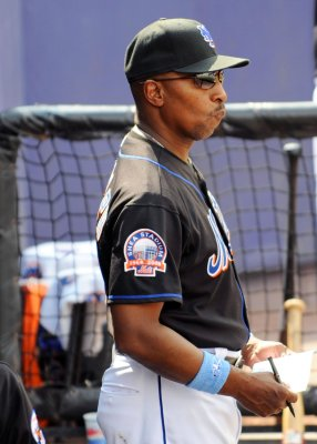 Mets fire Randolph, Manuel is new manager
