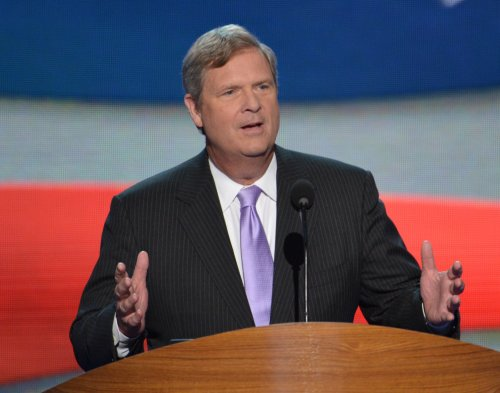 Vilsack: Many affected by food stamp cuts may still qualify for aid