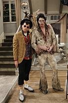 Jon Cryer revives his Duckie look on Halloween episode of 'Two and a Half Men'