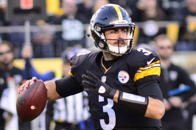 Ground support helps Landry Jones exude confidence