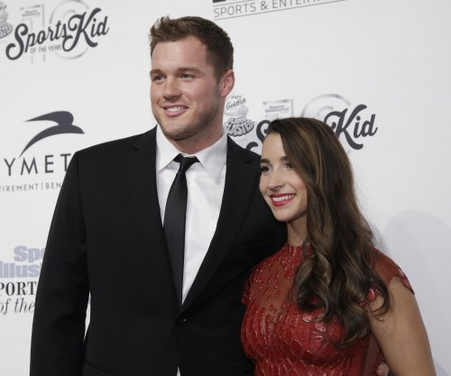 Aly Raisman, Colton Underwood make red carpet debut as couple