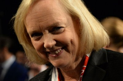 Meg Whitman to step down as Hewlett-Packard CEO