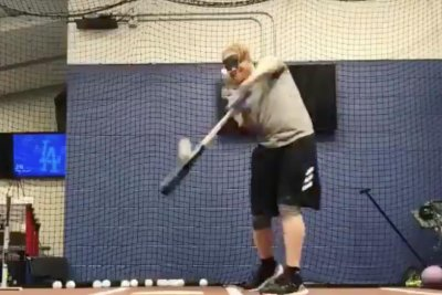 Justin Turner hits baseballs during 'Bird Box' challenge