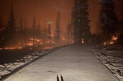 Campers rescued from fast-growing wildfire in central California