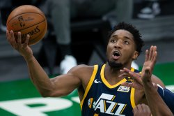 Mitchell scores 45 to lead Jazz over Clippers in Game 1 of Western semifinal